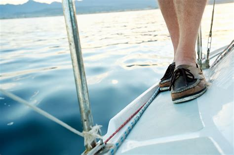 Best Shoes On A Boat by The 10 Best Boat Shoes For Sailing 2018 Reviews Deals Lho