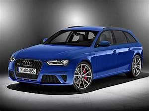 Audi Rs 4 : audi rs4 avant nogaro celebrates rs family ~ Melissatoandfro.com Idées de Décoration