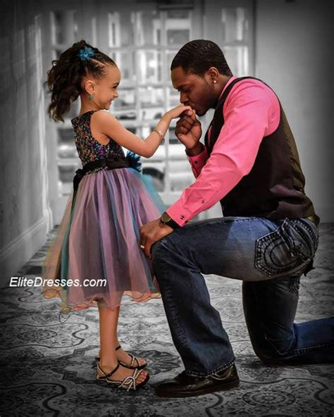 Best 25+ Daddy daughter dance ideas on Pinterest | Father daughter dance Definition of swoon ...