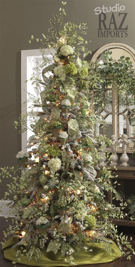 pics of decorated trees best 25 trees ideas on