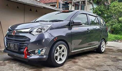 Daihatsu Sigra Modification by 45 Modifikasi Mobil Toyota Calya Dan Daihatsu Sigra Paling