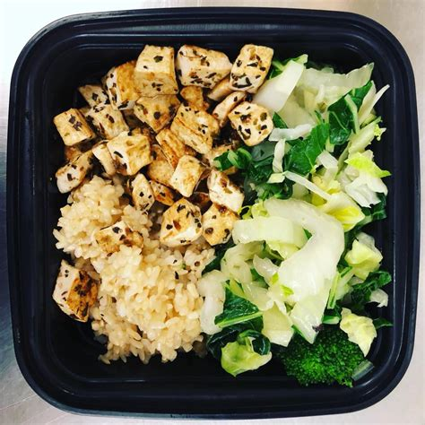 It takes time and effort to create meals that give you just the right amount of carbohydrates, vitamins, minerals and fiber without too much saturated fat. Diabetic Frozen Meals Delivered : The Best Meal Delivery Services For Aging Adults Caring ...