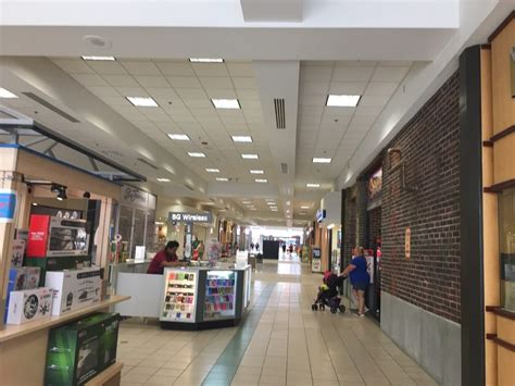 Quincy Mall Unveils New Two Story Kids Play Area