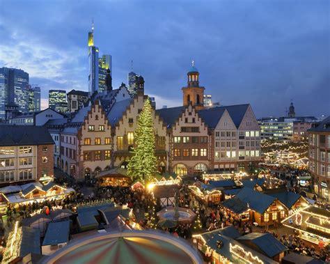 wallpaper christmas houses night lights people market