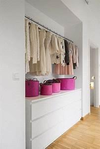 Dressing Chambre Enfant : 25 best ideas about dressing angle sur pinterest le stockage des v tements le stockage de ~ Teatrodelosmanantiales.com Idées de Décoration