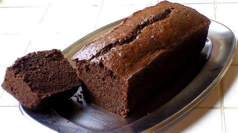un cake au chocolat