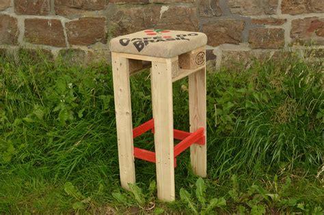 Holz Barhocker Gebraucht Tisch Avec Barhocker Selber Bauen
