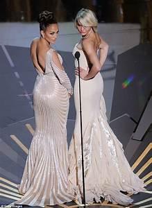 Oscars 2012 Did Jennifer Lopez Suffer Wardrobe