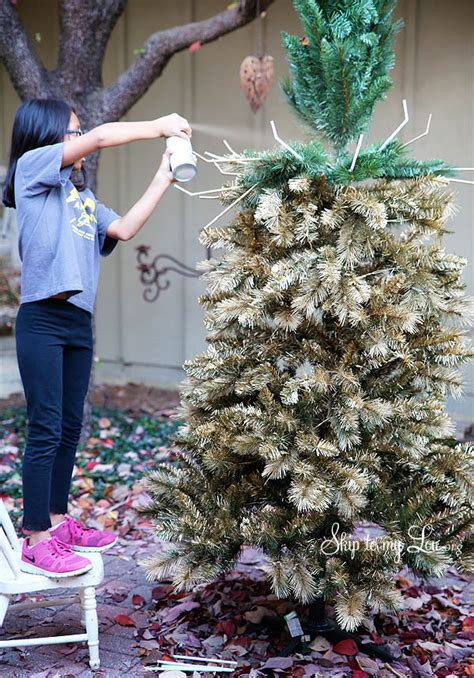beautiful christmas tree   diy gold