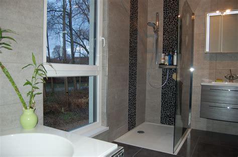 salle de bain foncee bien vivre chez soi harmonisations d espaces