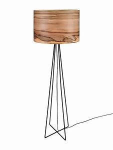 Designer Stehlampen Holz : ber ideen zu stehlampe holz auf pinterest stehlampen stehleuchte holz und m bel ~ Indierocktalk.com Haus und Dekorationen