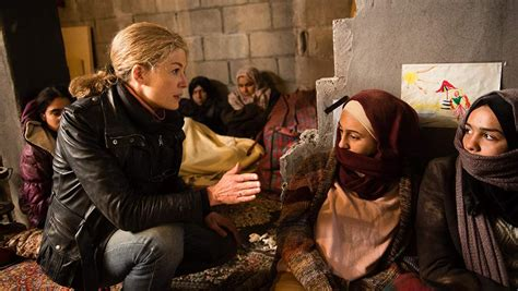 In this biopic, war correspondent marie colvin risks it all to bring back the truth from the frontlines, despite the toll it takes on her own life. Review: A Private War - Independent.ie