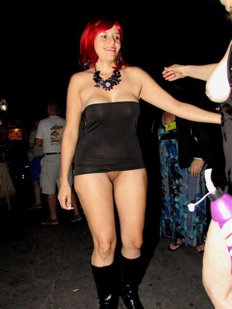 Showing Porn Images For Spread Pussy At Fantasy Fest Porn Nopeporn Com
