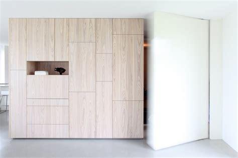 black aluminium box hides bright interior villa dvt