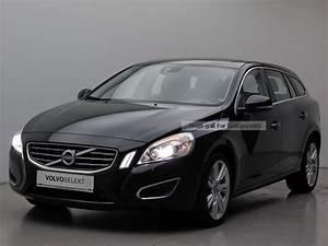 Volvo V60 Summum : 2010 volvo v60 summum xenon leather air sunroof car photo and specs ~ Gottalentnigeria.com Avis de Voitures