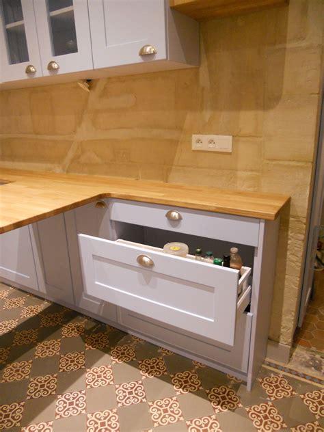 meuble cuisine en chene facade de meuble de cuisine en chene image sur le design