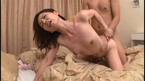 R Com A Smoking Hot Married Woman Stole My Virginity Creampie Sex On His First Try