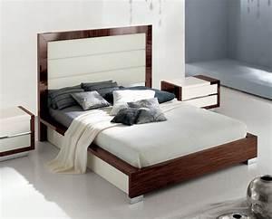 King Size Bett Amerikanisch : wie gross ist ein king size bett wie gross wie schwer wie weit wie hoch ~ Markanthonyermac.com Haus und Dekorationen