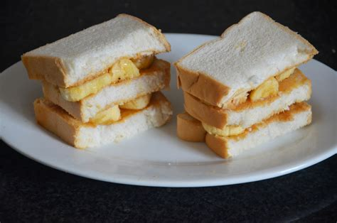 How To Make A Peanut Butter And Banana Sandwich 6 Steps