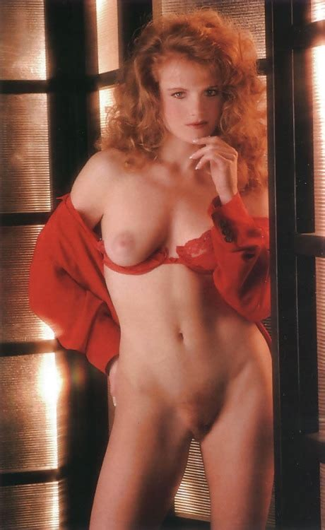 Vintage Nude Redhair Tumbex