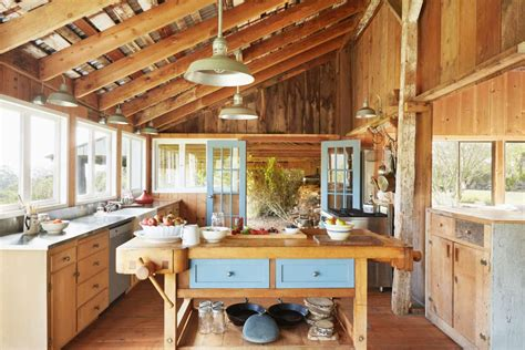 barn house decor     home