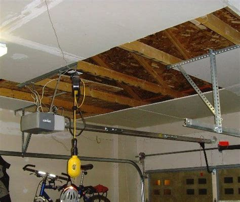 Hanging Drywall On Ceiling Tips by 25 Best Ideas About Finished Garage On Small