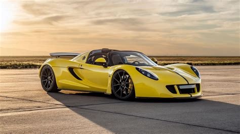 Luxurius Car : Hennessey Venom Gt Beats The Veyron As Fastest Convertible