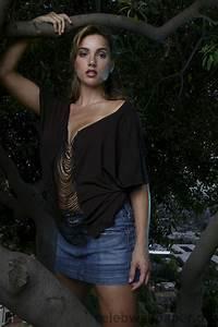 Shana Hiatt-11 - Shana Hiatt Image Gallery