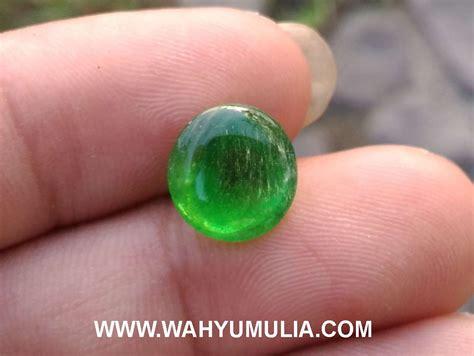 zamrud kalimantan green obsidian batu jamrud kalimantan kode 394 wahyu mulia