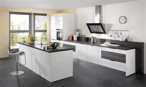 decoración de cocinas modernistas