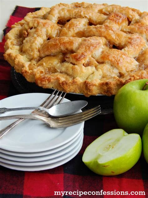 Crimping a pastry lid is easier than it looks. Homemade Apple Pie - My Recipe Confessions