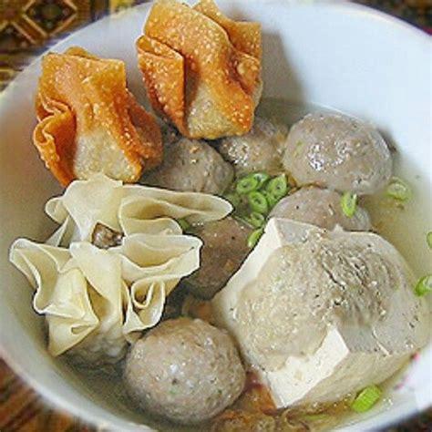 indonesian food bakwan malang  carb