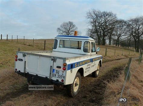 land rover series 3 off road 1974 land rover series iii car photo and specs