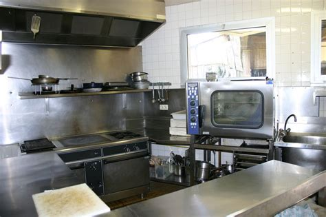 la cuisine des mousquetaires anguille la cuisine photo de h 244 tel restaurant des bruy 232 res l