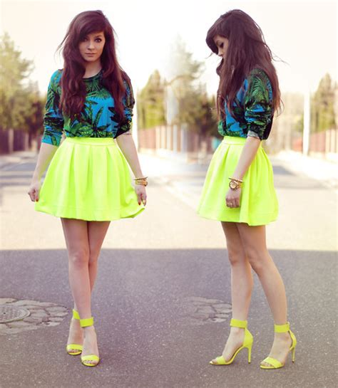 Neon outfits 04