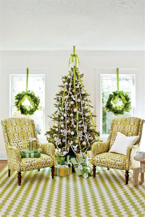 green tree decorations fabulously festive christmas tree decorations southern living
