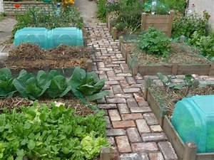 Jardin En Carré : d couvrons le potager en carr de lo c ~ Premium-room.com Idées de Décoration