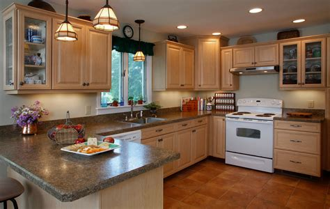 kitchen without backsplash the pros and cons of the 4 inch backsplash