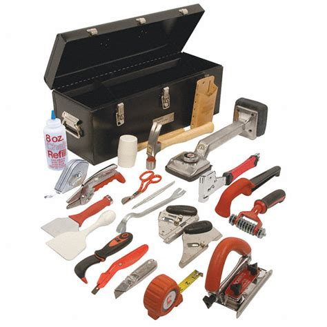 Roberts Carpet Installation Kit   Tool Box Tgh