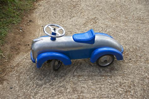 car toy blue file blue car toy jpg wikimedia commons
