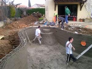 troisieme etape coulage de la piscine beton par gillouin With beton hydrofuge pour piscine