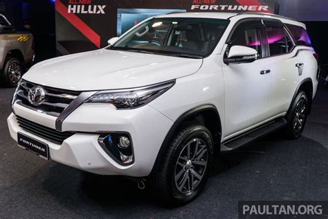 2016 toyota fortuner 2 4 vrz india bound 2016 toyota fortuner launched in malaysia