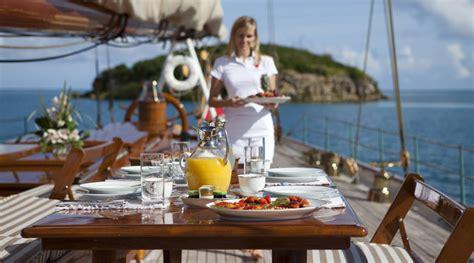 cuisine bateau cuisine et bateau remplir nos assiettes sur un bateau