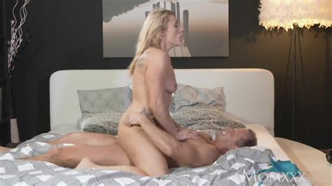 Mom Multiple Real Orgasms For Wet Nympho Free Porn Sex