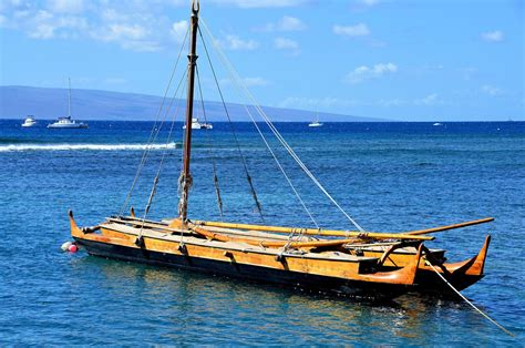 Canoes Lahaina hull sailing canoe in lahaina on hawaii