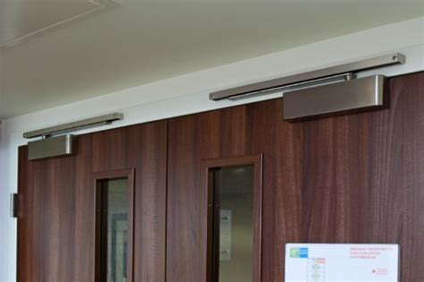 omega kitchen cabinets gallery inspiration zanda architectural hardware 1184