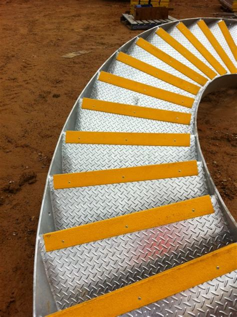 scr70 antislip stair nosing