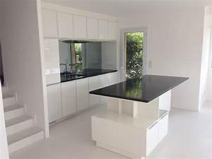 plans de cuisines ouvertes trendy la cuisine s ouvre sur With comment meubler un salon carre 13 cuisine ouverte sur salon une solution pour tous les espaces