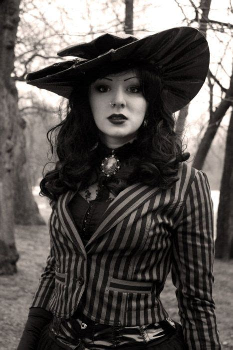 1527 best gothic inspired images on pinterest crow