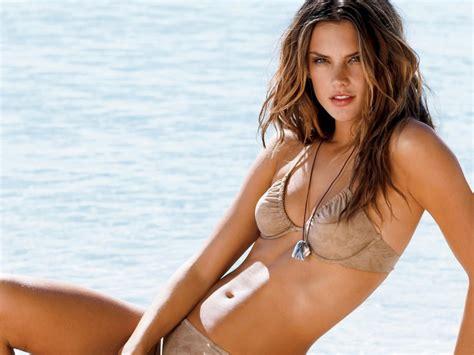 Top 10 Most Beautiful Brazilian Women Meetbraziliangirlscom